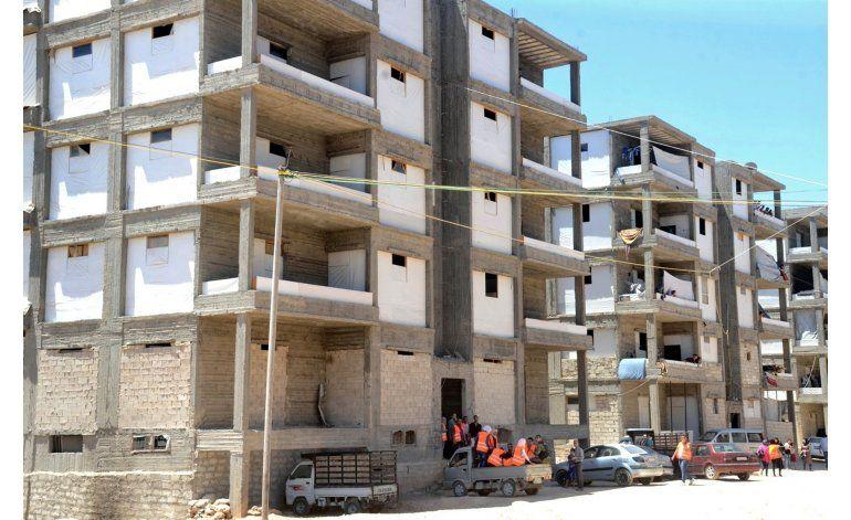 Comienza salida de Alepo gracias a corredor humanitario