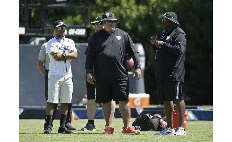 Raiders amplían contrato del gerente general Reggie McKenzie