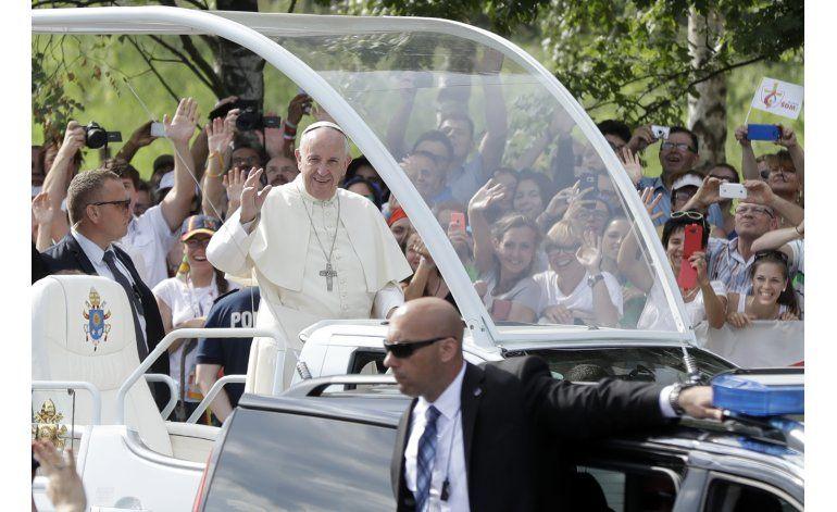 LO ULTIMO: Papa anuncia que Panamá acogerá la JMJ en 2019