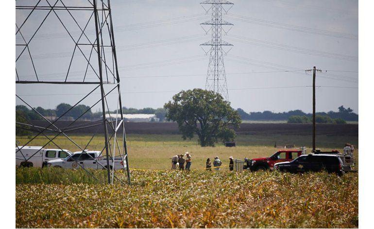 Investigan antecedentes del piloto del globo caído en Texas