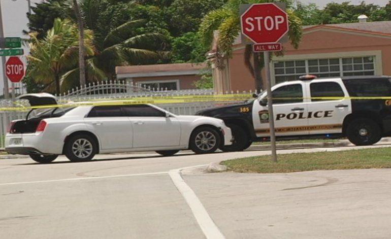 Persecución policial finaliza en un sector residencial de Miami Gardens
