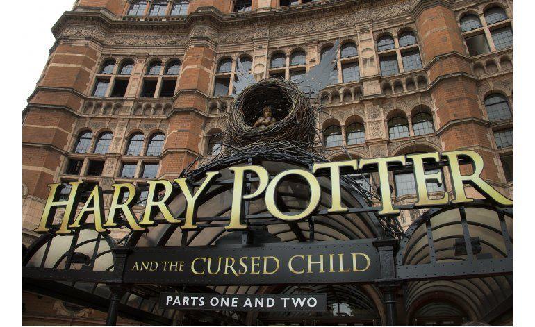 Obra de Potter vende 2 millones de ejemplares en 2 días