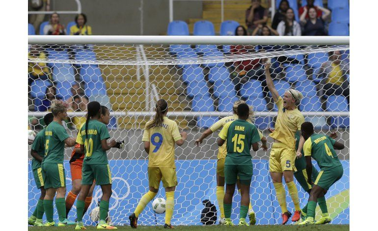 Abre Río 2016 con fútbol femenil: Suecia 1-0 Sudáfrica