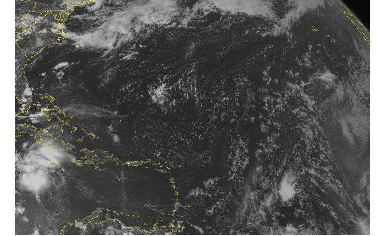 LO ULTIMO: Earl alcanza fuerza de huracán