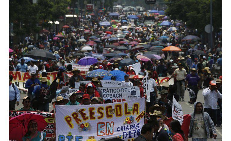 México: Presionan al gobierno para que impida bloqueos