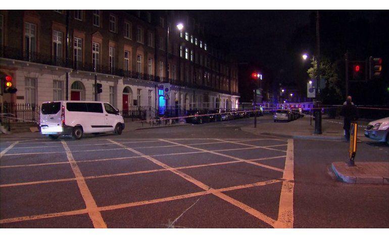 Un muerto y cinco heridos en ataque con cuchillo en Londres