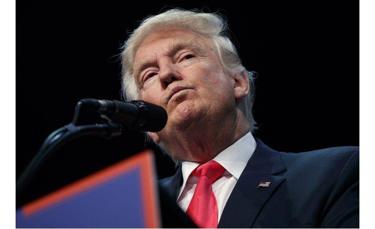 Reconocen divisiones en equipo de campaña de Trump