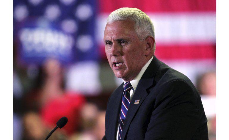 Pence trata de atraer conservadores pese a fallas de Trump