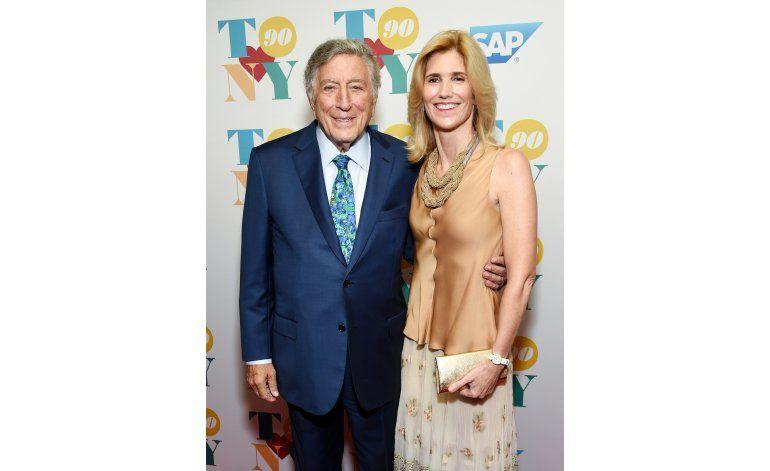 Estrellas celebran con Tony Bennett su 90 cumpleaños