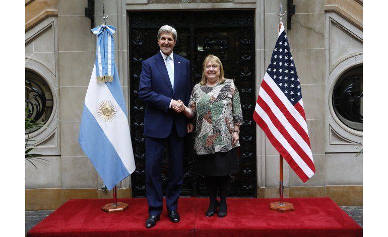 Kerry entrega a Macri documentos sobre dictadura