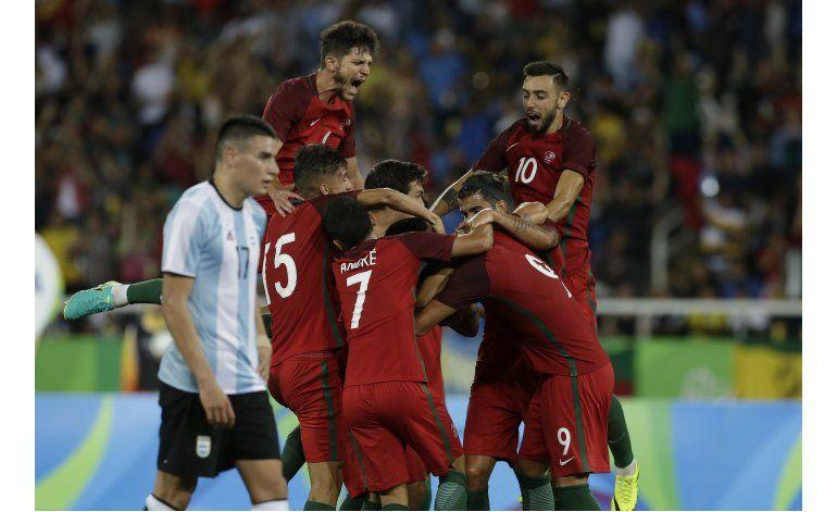 Portugal le arruina el debut a Argentina