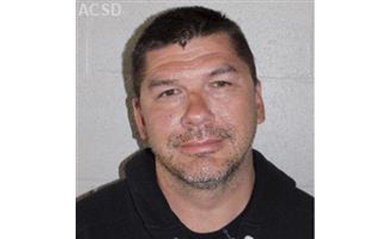California: Alcalde rechaza que puso en peligro a un menor