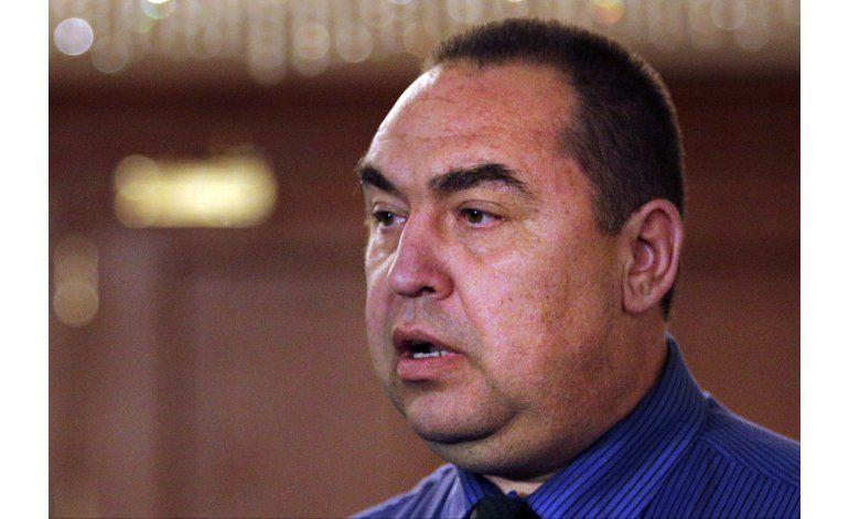 Líder separatista ucraniano resulta herido por bomba
