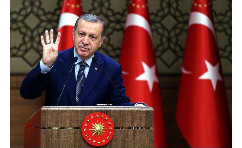 Decenas de elementos de fuerzas especiales turcas arrestados
