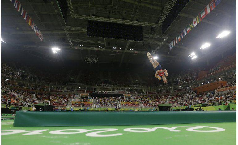 Chileno González queda afuera de prueba de suelo