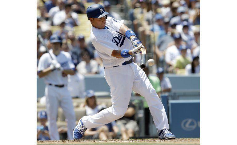 Stripling y los Dodgers dominan a los Medias Rojas