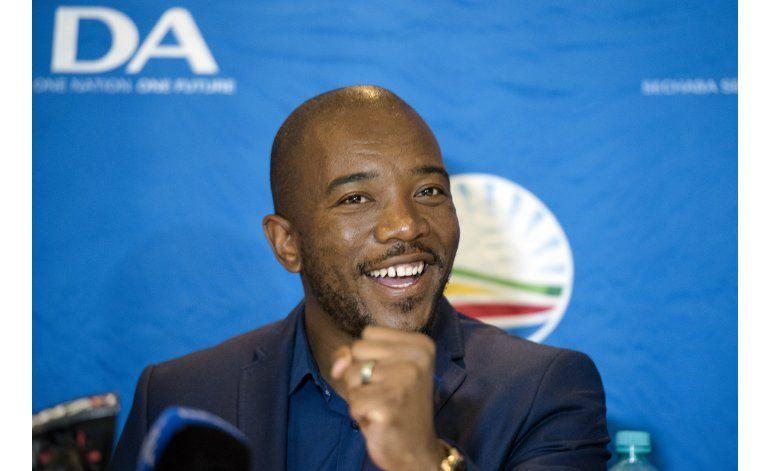 Partido gobernante de Sudáfrica sufre revés electoral