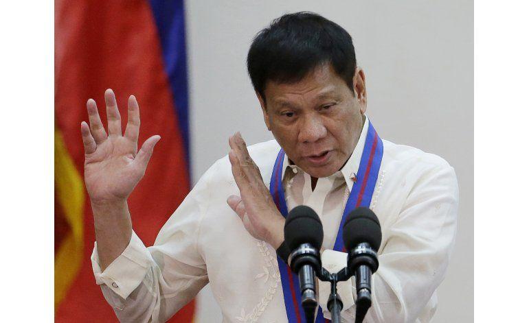 Presidente filipino vincula a 150 jueces, políticos a drogas