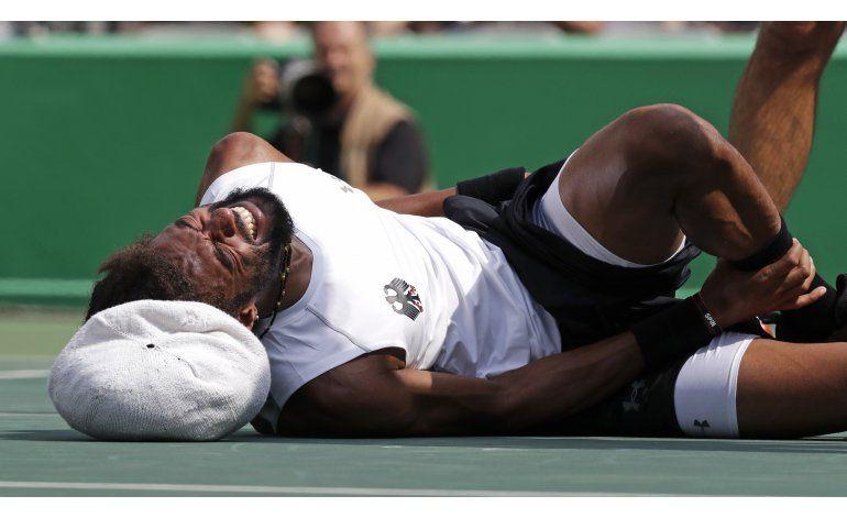 Alemán Brown se retira llorando por lesión en tenis de Río