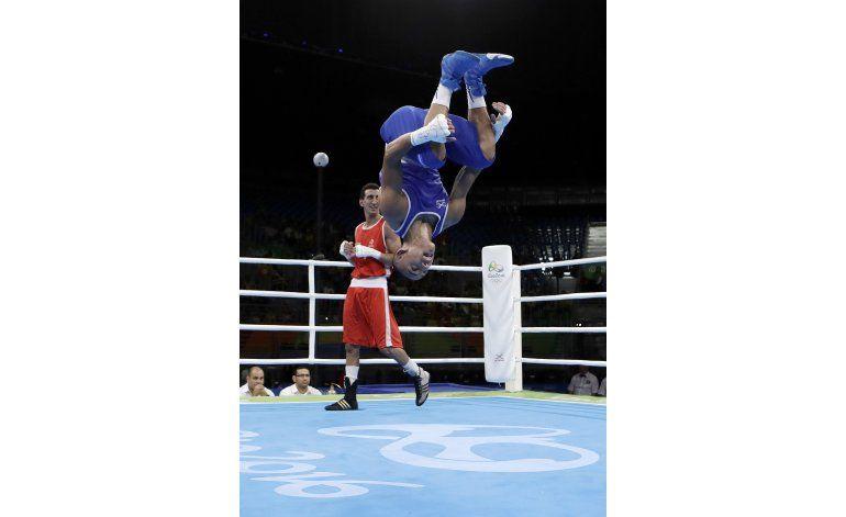 Nacido en EEUU, López compite por Honduras y pierde en boxeo