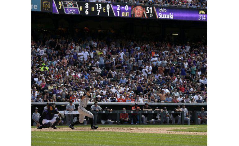 Ichiro Suzuki alcanza los 3.000 hits con un triple
