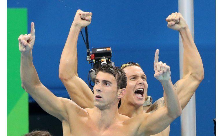 El rey no hay muerto: Phelps gana su 19na medalla de oro