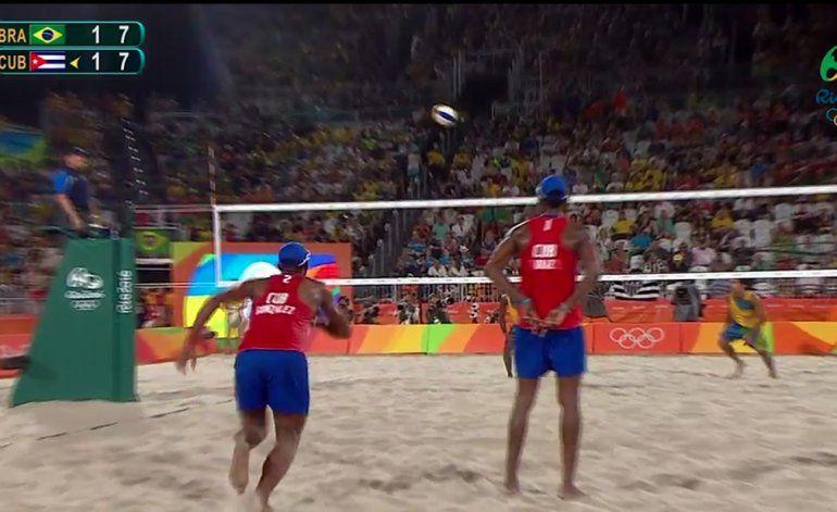 Cuba derrota a Brasil en el voleibol de playa de Río 2016