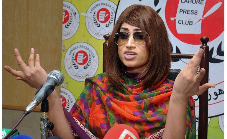 Muerte de estrella refleja choque cultural en Pakistán