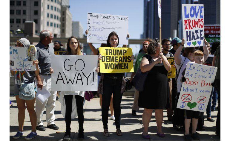 Discurso de Trump es interrumpido por serie de protestas
