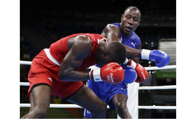 Sobrino de Félix Savón avanza a cuartos de boxeo en Río