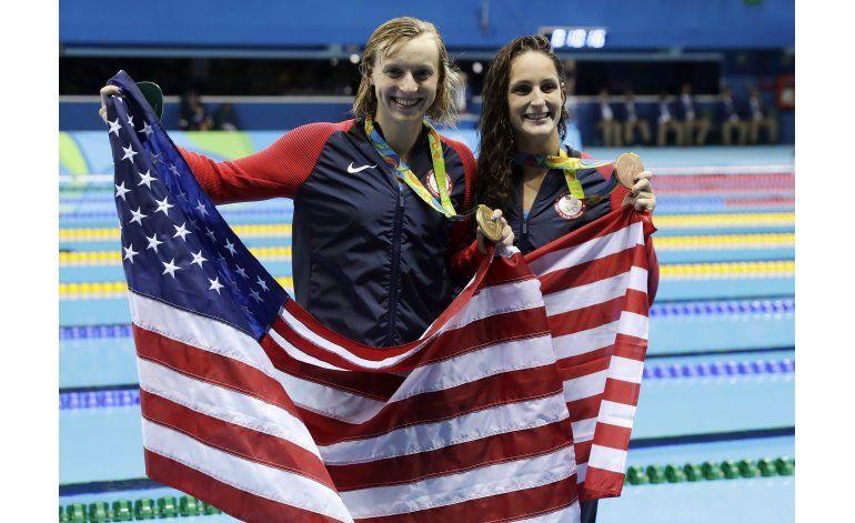 Hosszu, primera nadadora con 2 medallas de oro en Río 2016