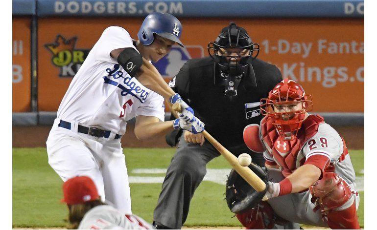 Seager pega sus jonrones 20 y 21, Dodgers ganan a Filis 9-4