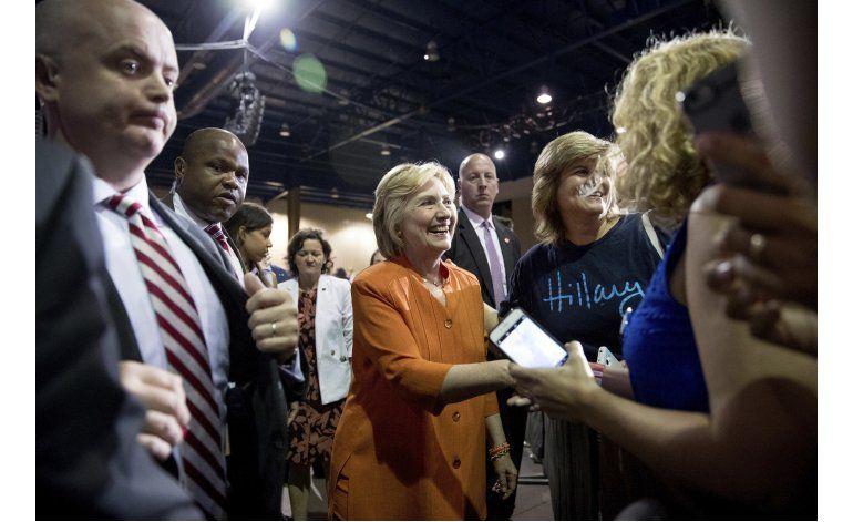 Clinton pedirá al Congreso que apruebe fondos para zika