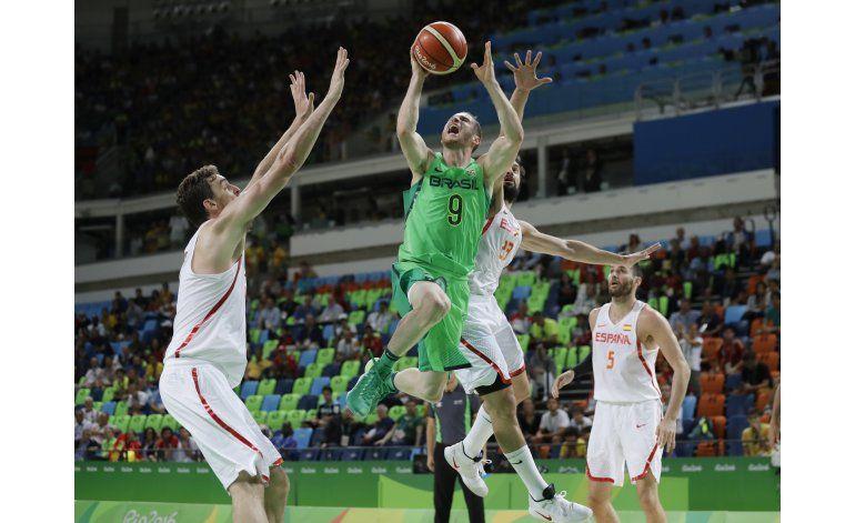 Brasil vence a España en básquetbol olímpico