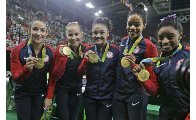 Las Cinco Fieras se devoran su primer oro