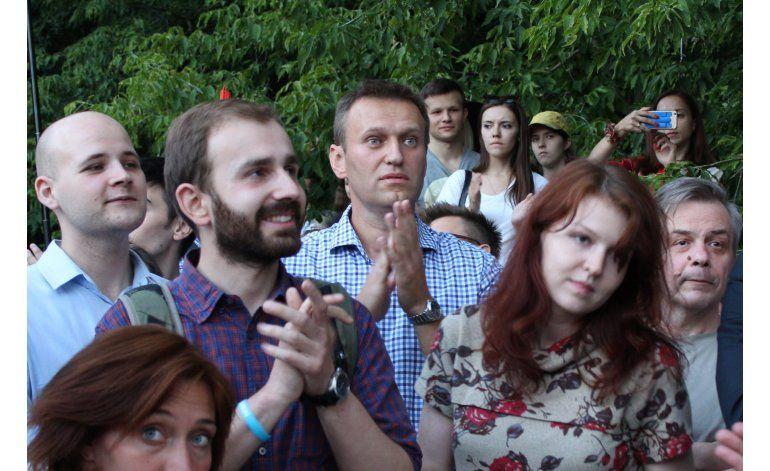 Opositores rusos protestan contra nueva ley represiva