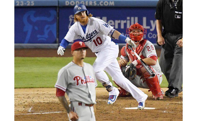 Dodgers vencen a Filis 9-3, empatan con Gigantes en el oeste