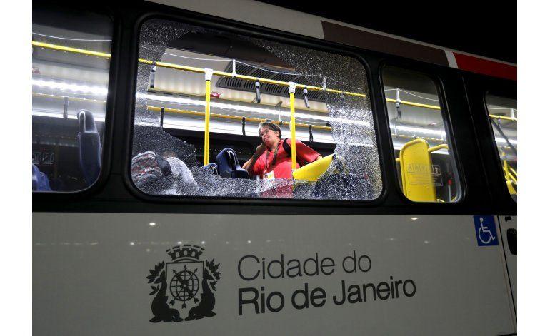 Autoridades de Río redoblan seguridad tras suceso en bus