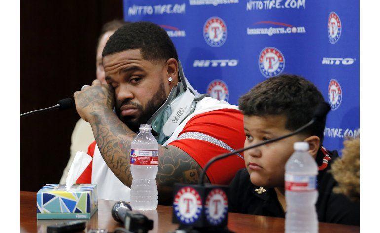 Prince Fielder llora en su despedida como pelotero