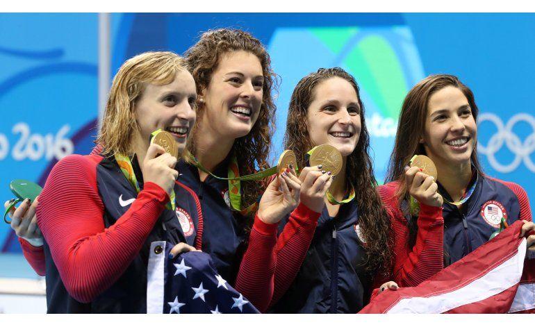 Phelps listo para otra hazaña; Ledecky gana 3er oro