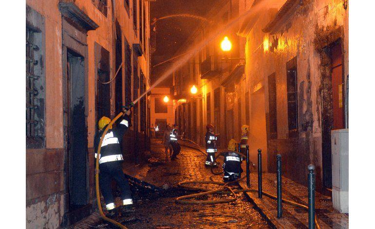 Incendios remiten en Marsella; activos en Portugal y España