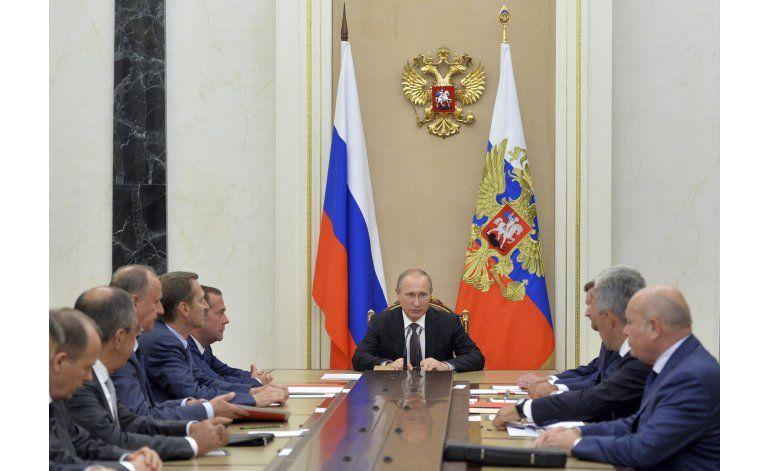 Ucrania coloca en alerta de combate a fuerzas en frontera