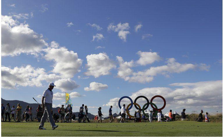 Latinoamericanos quieren aprovechar ausencias en el golf