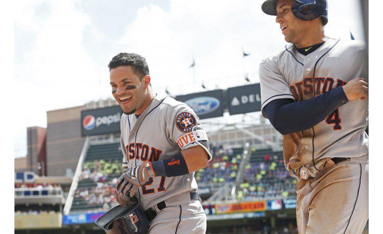 Altuve y Correa brillan en barrida de Astros ante Mellizos