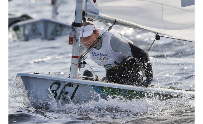 Competidora belga de vela se enferma con aguas de Río