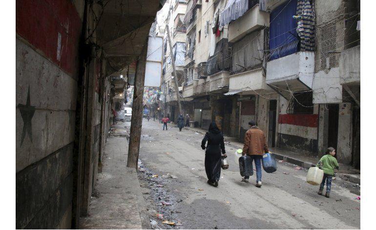 Misiles sobre mercado y hospital dejan 18 muertos en Siria