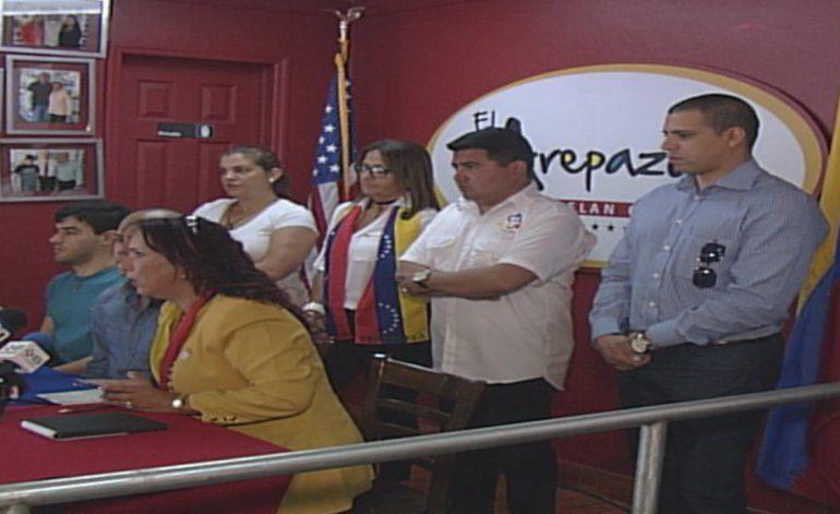 Miembros del exilio venezolano denuncian atropellos en aeropuertode Miami