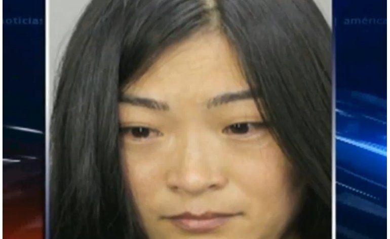 Policía de Hollywood arresta a una mujer acusada de prostitución