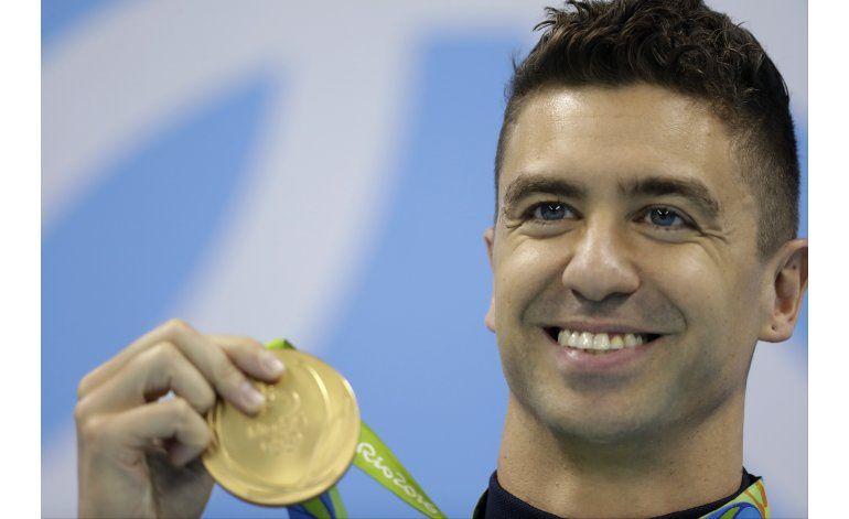 Ervin gana su segundo oro olímpico, 16 años después