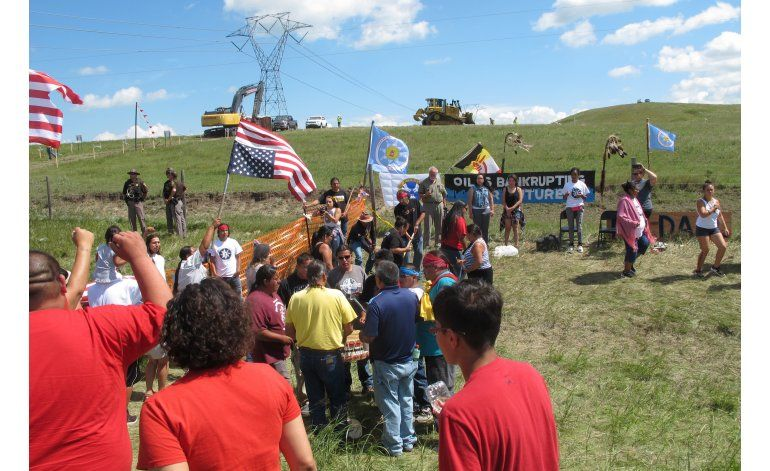 Crece la oposición popular a oleoducto en Dakota del Norte